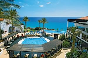 CLUB_MAGIC_LIFE_Fuerteventura_Imperial_-_Private_Lodge_Whirlpool-300x200