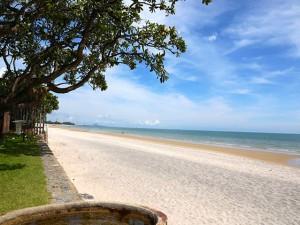 Hua-Hin-Beach-Thailand-clubreisen365