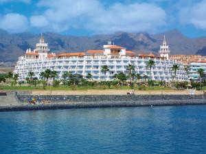 Clubhotel-Riu-Palace-Tenerife_clubreisen365_14-300x225
