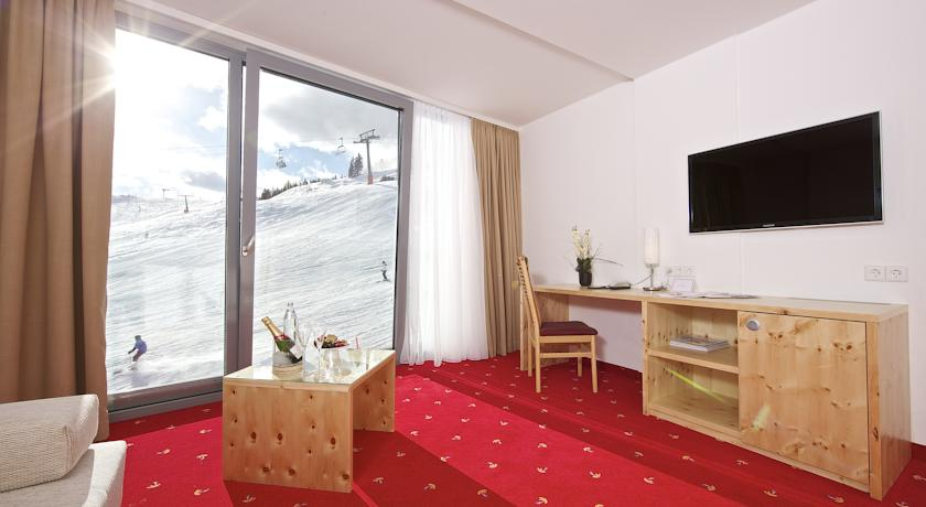Hotel-Spa-Wulfenia-am-Nassfeld-Falkensteiner3