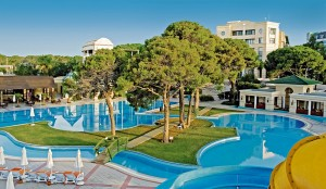 CLUB_MAGIC_LIFE_Belek_Imperial_-_Life_Bereich-300x174