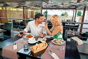 CLUB_MAGIC_LIFE_Marmari_Palace_Imperial_-_Restaurant_Al_Baccio_01-300x200