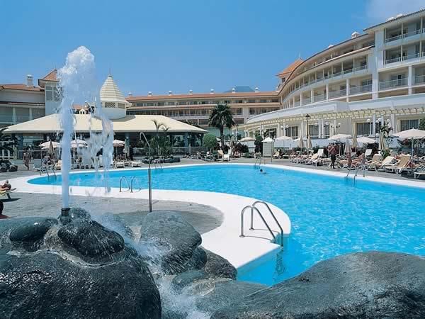 Wiederer ffnung des riu arecas auf teneriffa spanien im for Design hotels teneriffa