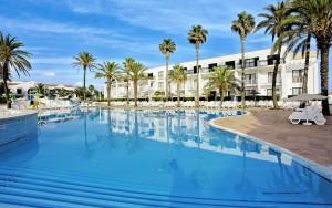 TUI-FAMILY-LIFE-Mar-de-Menorca2-300x188