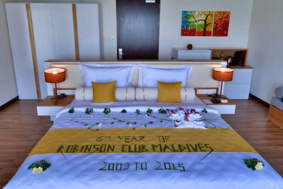 ROBINSON-Club-Maldives_Eröffnung-Wasservillen