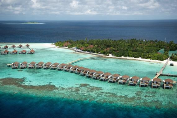 ROBINSON-Club-Maldives_Eröffnung-Wasservillen_3