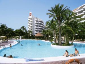 ClubHotel-Riu-Papayas_7-300x225