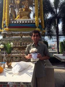 Mimo-vor-Tempel-Thai-Garden-Ressort_1-225x300