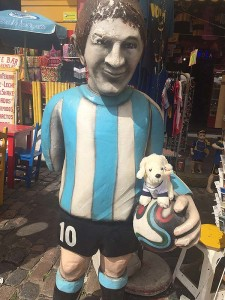 Mimo-mit-Maradona-225x300